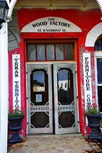 Navasota_The_Wood_Factory_door_LAN1133