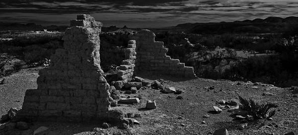 Big_Bend_NP_Nov2015_Terlingua_Ghost_Town_Ruins_B&W_RAW_3670