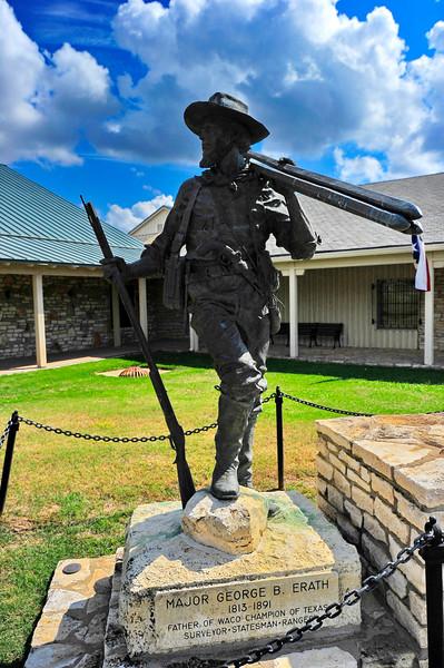 Texas_Ranger_Museum_Waco_TX_Erath_Statue_RAW2115