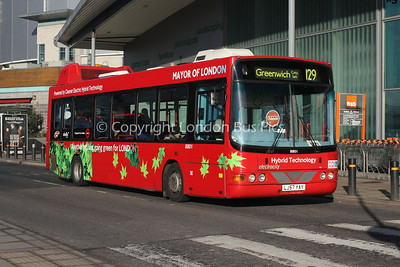 Route 129 - 8801, LJ57YAY, Abellio London