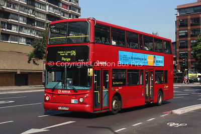 Route 176 - VLA57, LJ04LFM, Arriva London South