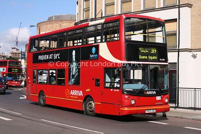Route 319 - DLA290, Y523UGC, Arriva London South