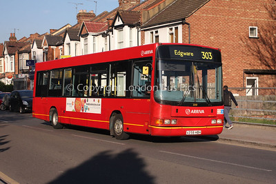Route 303 - 3258, V258HBH, Arriva The Shires