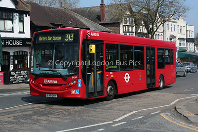 Route 313 - ENX7, LJ61CHY, Arriva London North