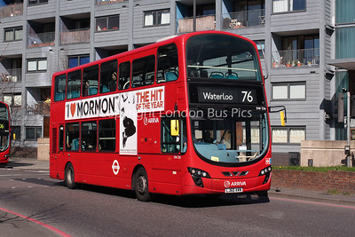 Route 76 - DW336, LJ60AWW, Arriva London North