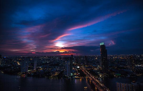 Midnight Feels | Bangkok