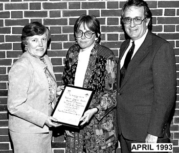 1993:04:24-ACS-MIRIAM WHITE, CHAIR ELECT, JOANNE STUBBE OF MIT,ON RIGHT IS AMOS SMITH,CHAIR IN 1993