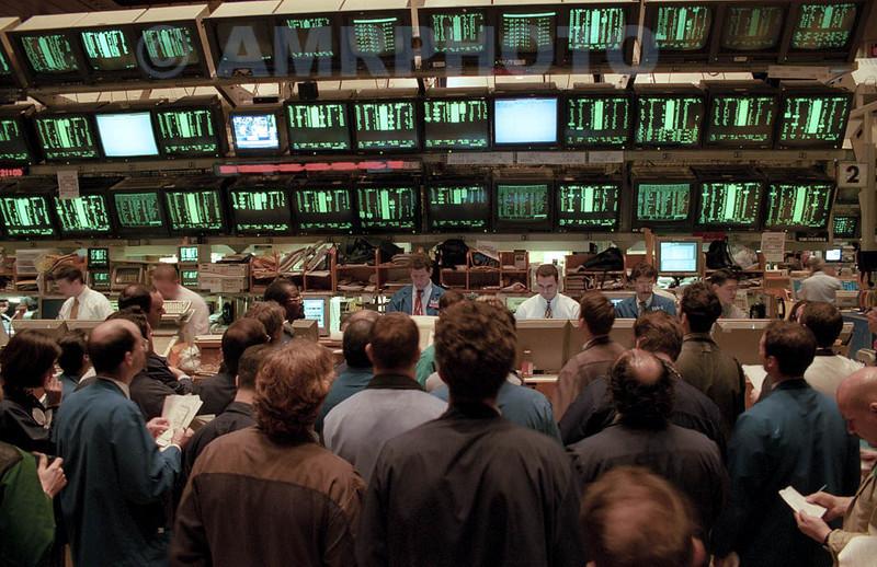 "THE AMERICAN STOCK EXCHANGE  TRADING FLOOR PHOTOS  "" THE 1990'S """
