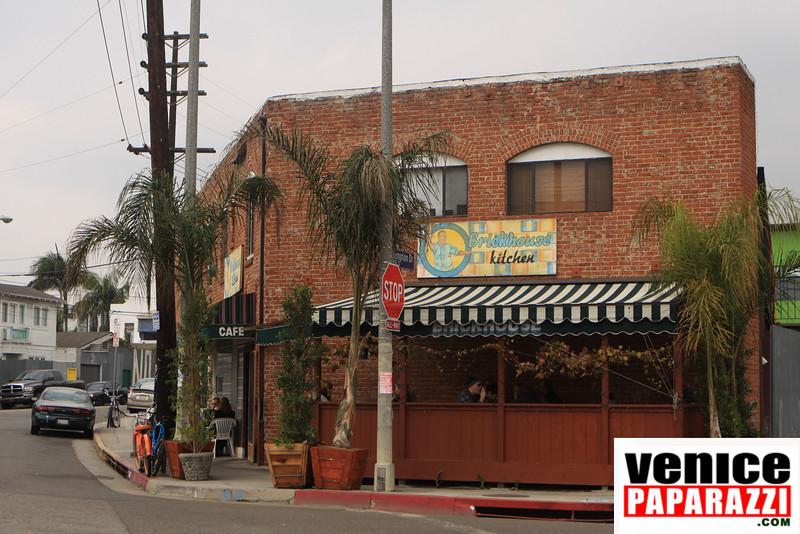 "THE BRICKHOUSE KITCHEN. 826 Hampton Drive. Venice, CA 90291. 310.581.1639 Venice, CA 90291   <a href=""http://www.myspace.com/brickhousekitchen"">http://www.myspace.com/brickhousekitchen</a>     <a href=""http://www.venicepaparazzi.com"">http://www.venicepaparazzi.com</a>"