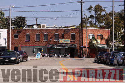 Visit the Brickhouse Kitchen at 826 Hampton Drive. Venice, CA 90291. (310) 581-1639 Venice, CA 90291. For more information visit www.myspace.com/brickhousekitchen.  www.venicepaparazzi.com