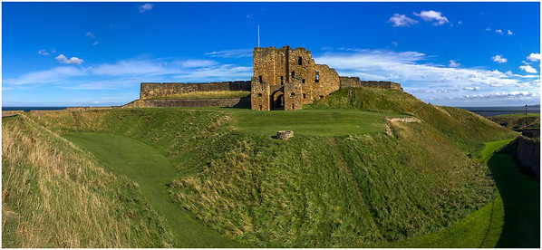 YET ANOTHER (EQUINOXAL) VIEW OF TYNEMOUTH CASTLE!