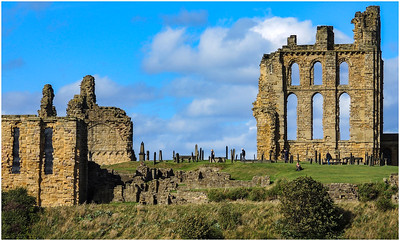 TYNEMOUTH PRIORY - VISITORS AMONG THE STONES