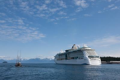 Cruise Ship meets Fishing Boat