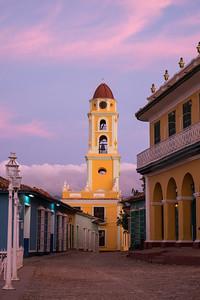 Dawn in Trinidad Plaza Mayor.