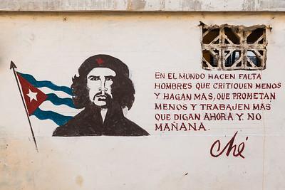 Che Guevara mural in Havana.
