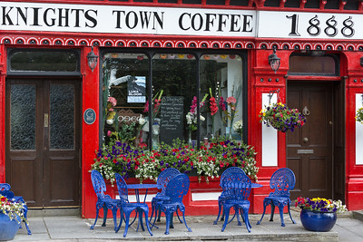 Cheerful coffee shop in Knightstown, Ireland.