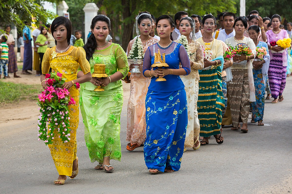 Women in novitiate procession, Myanmar.