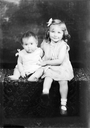 Billie Arnold Dutrow & Katherine Arnold Gosnell (Richard's daughters)