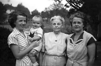 "Katherine ""Bonnie"" Updegrove, Dave Updegrove, Katherine ""Nanna"" Yakey Arnold,  Kathleen ""Granny Arnold Graham"