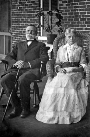 Thomas & Eliza Yakey