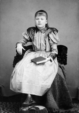 Edith Yakey