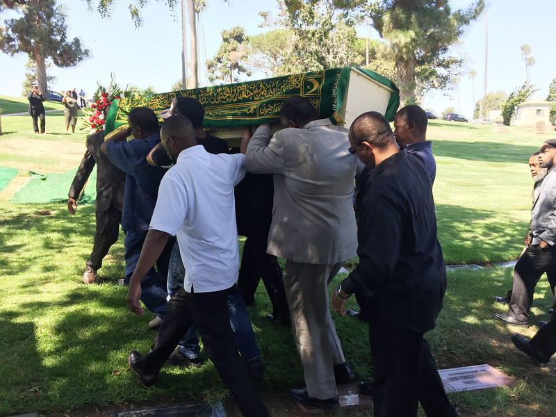 THE FAMILY, FRIENDS, AND MUSLIM COMMUNITY COME OUT TO ATTEND THE JANAZAH OF SHAREEF ASADULLAH AT INGLEWOOD PARK CEMETERY ON SEPTEMBER 9-2016. PHOTOS BY VALERIE GOODLOE