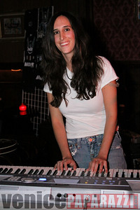 11 16 08 Venice Rocks at the Garter   Photos by Venice Paparazzi (80)