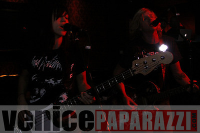 11 16 08 Venice Rocks at the Garter   Photos by Venice Paparazzi (62)