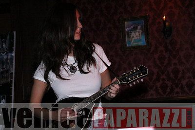 11 16 08 Venice Rocks at the Garter   Photos by Venice Paparazzi (66)