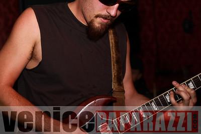 03 29 09  Nik Roybal of Venice Rocks presents ZEN ROBBI   www thegartervenice com (42)