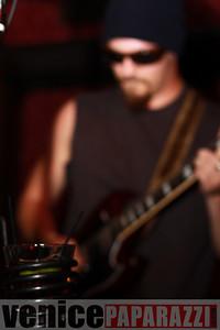 03 29 09  Nik Roybal of Venice Rocks presents ZEN ROBBI   www thegartervenice com (44)