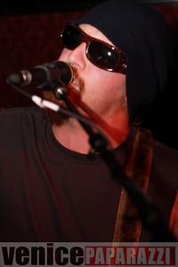 03 29 09  Nik Roybal of Venice Rocks presents ZEN ROBBI   www thegartervenice com (17)