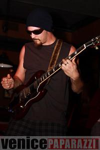 03 29 09  Nik Roybal of Venice Rocks presents ZEN ROBBI   www thegartervenice com (33)