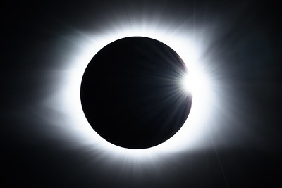 TOTAL ECLIPSE & DIAMOND RING EFFECT