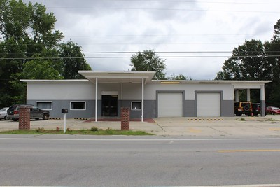 Gray Auto Garage-Brooklet/52 miles from PO