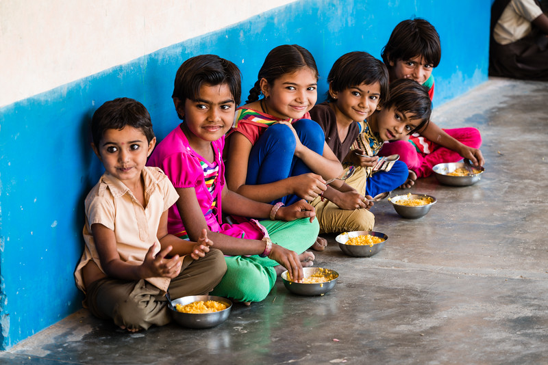 School Children having lunch, Rohet, Rajasthan.
