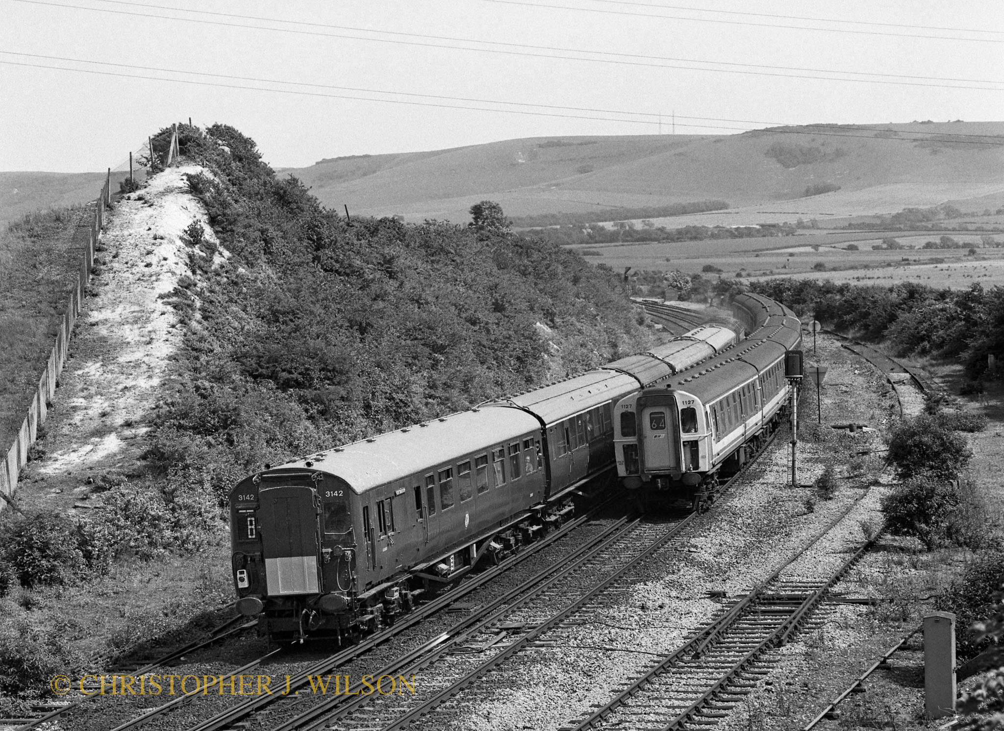 3142 & 1127 Southerham Junction 290691