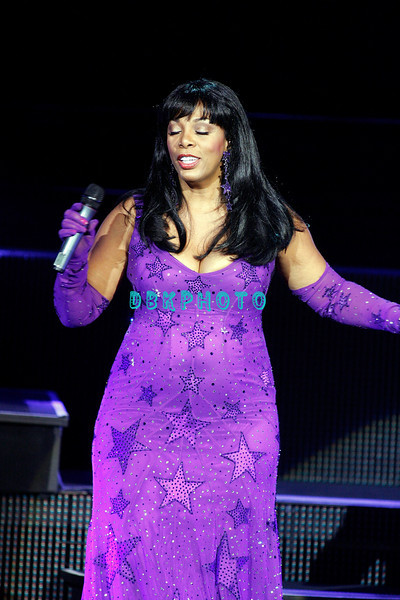 "ATLANTIC CITY, NJ - JULY 25:  Donna Summer performs in concert before a ""SRO' crowd at Caesars Atlantic City on July 25, 2008 in Atlantic City, New Jersey."