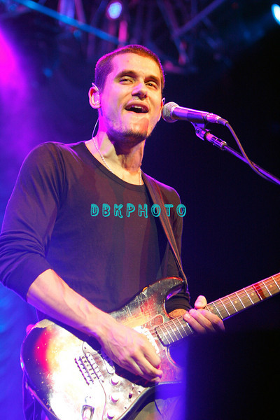 ATLANTIC CITY, NJ - AUGUST 24:  John Mayer performs at the Borgata on August 24, 2008 in Atlantic City, New Jersey.