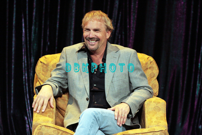 """ATLANTIC CITY, NJ - AUGUST 02:  Actor, singer, Kevin Costner takes time to engage in a """"Question & Answer"""" session with his fans in the showroom at Caesars Atlantic City on August 2, 2008 in Atlantic City, New Jersey."""