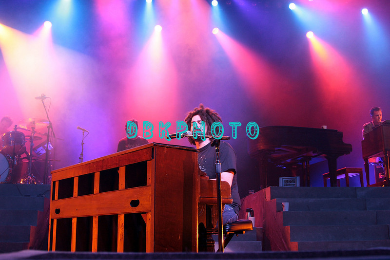 ATLANTIC CITY, NJ - AUGUST 08:  Adam Duritz, lead singer of the Counting Crows performs at the Borgata on August 8, 2008 in Atlantic City, New Jersey.