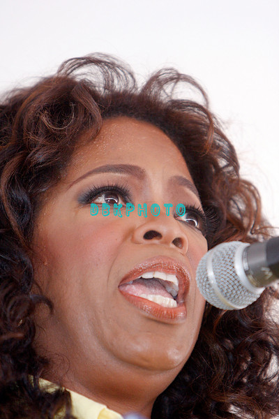 WHITESBORO, NJ - AUGUST 30:  Oprah Winfrey takes her turn at the mike at the 20th Reunion Festival in Whitesboror, NJ where Oprah is the honored speaker.  (Photo by Donald Kravitz/Getty Images) *** Local Caption *** Oprah Winfrey