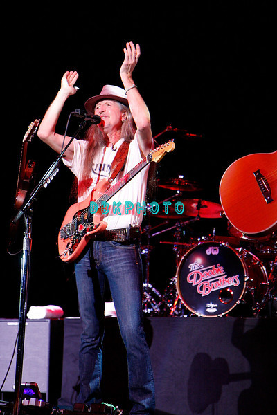 ATLANTIC CITY, NJ - JULY 03:  Pat Simmons of the Doobie Brothers performs at Tropicana Casino on July 3, 2009 in Atlantic City, New Jersey.