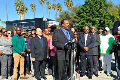 THEIR WAS A PRESS CONFERENCE HELD AT THE JACKSON LIMOUSINE SERVICE TO TALK ABOUT THE LEGACY CONTINUING AFTER THE DEATH OF EJ JACKSON, OWNER AND FOUNDER OF JACKSON LIMOUSINE SERVICE IN LOS ANGELES CALIFORNIA. MR JACKSON DIED ON NOVEMBER 1, 2016. THE THANKSGIVING DAY DINNER GIVEAWAY WILL BE ON NOVEMBER 22, 2016 PHOTOS BY VALERIE GOODLOE