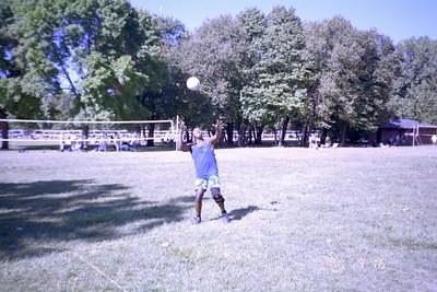 2000-9-16 Luau0015