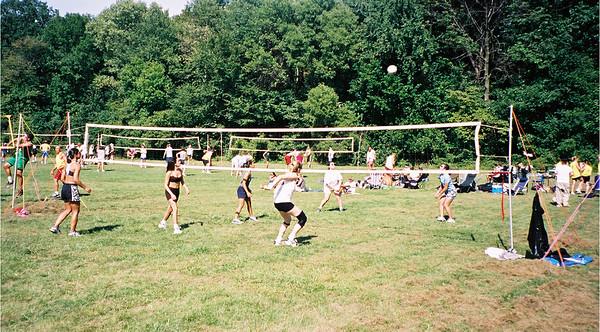 2002-9-14  Spikevolleyball LUAU 00003