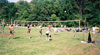 2002-9-14  Spikevolleyball LUAU 00003