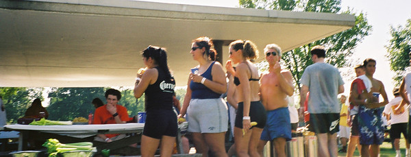 2002-9-21 Spikevolleyball LUAU 00009