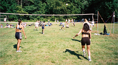2002-9-21  Spikevolleyball LUAU 00004