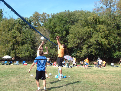 2004-9-18 Spike Volleyball LUAU 00038